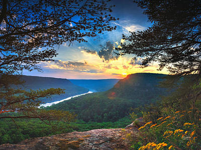Cumberland River Photograph - Sunset Over Edwards Point by Steven Llorca