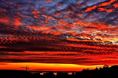 Photograph - Sunset Over Queen Anne by Benjamin Yeager