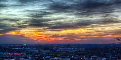 Photograph - Sunset Over The Metro by Sennie Pierson
