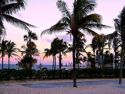 Sunset Over Waikiki Art Print
