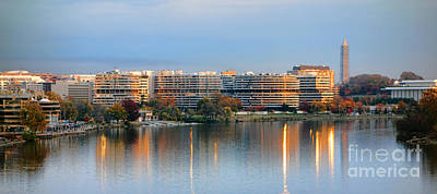 Washington Dc Neighborhoods Photograph - Sunset Over Watergate by Olivier Le Queinec
