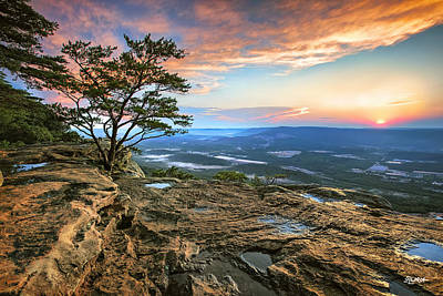 Photograph - Sunset Rock Lookout Mountain  by Steven Llorca