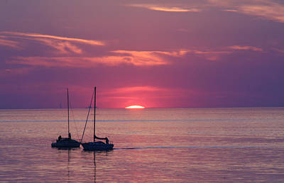 Beach Scenes Photograph - Sunset Sail On Lake Ontario by Michael Allen