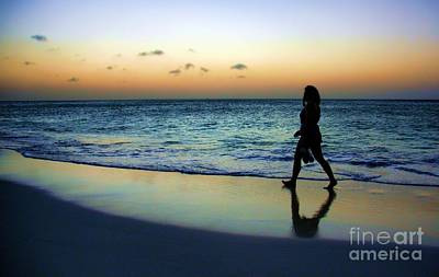 Photograph - Sunset Stroll In Aruba by Polly Peacock