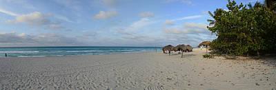 Palapas Wall Art - Photograph - Sunshades On The Beach, Varadero by Panoramic Images