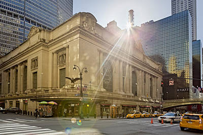 Sunrise Over Grand Central Terminal Print by Susan Candelario