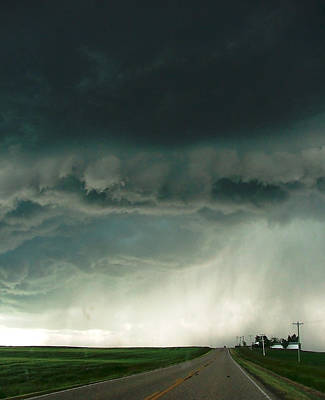 Super Cell Storm Over Trochu Alberta Art Print by Phil Rispin