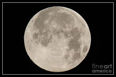 Super Moon 2013 Art Print by Bob Hislop