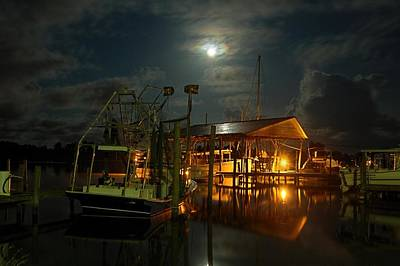 Digital Art - Super Moon At Nelsons by Michael Thomas