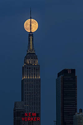 Super Moon In An Empire State Of Mind Art Print by Susan Candelario