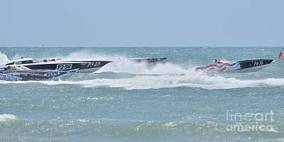 Photograph - Superboats - The Race Is On by Bradford Martin