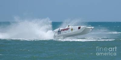 Photograph - Superboats - Warpaint by Bradford Martin