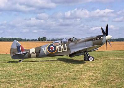 Supermarine Spitfire T9 Art Print