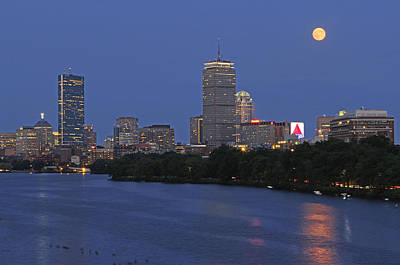 Hollywood Style - Supermoon over Boston  by Juergen Roth