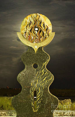Photograph - Supermoon Through The Sun Statue by Lynda Dawson-Youngclaus