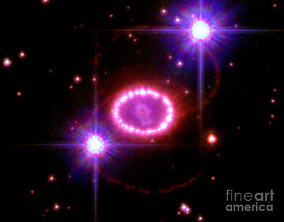 Heavenly Body Photograph - Supernova 1987a Remnant by Science Source