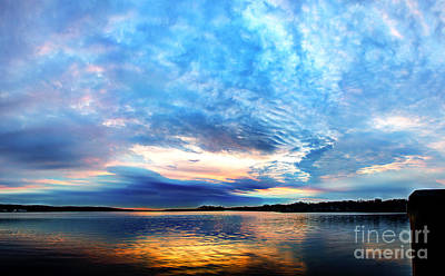 Sureal Pewaukee Lake Sunrise Art Print