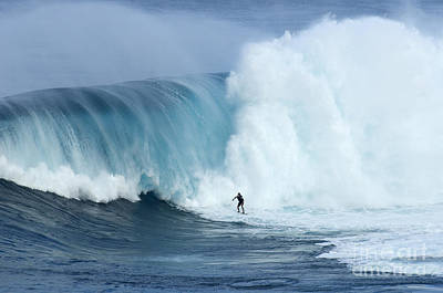 Laird Hamilton Photograph - Surfing Jaws 4 by Bob Christopher