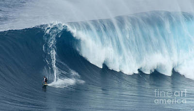 Laird Hamilton Photograph - Surfing Jaws 5 by Bob Christopher