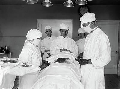 Photograph - Surgery, 1922 by Granger