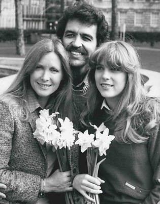 Susan Howard-donna Culver Of Dallas' Arrives In London Art Print by Retro Images Archive