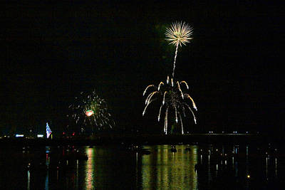 Photograph - Susquehanna 4th Of July Spectacle by Gene Walls