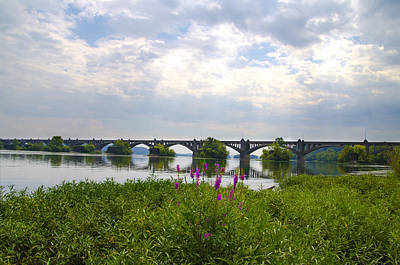 Susquehanna River Photograph - Susquehanna River And The Veterans Memorial Bridge by Bill Cannon