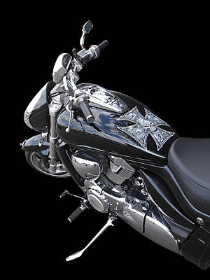 Chrome Skull Photograph - Suzuki Intruder M1800r by Gill Billington
