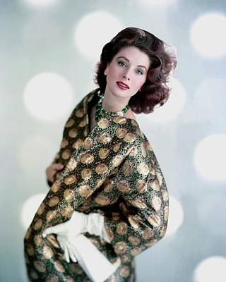 Quilt Portrait Photograph - Suzy Parker In A Original Coat by Karen Radkai