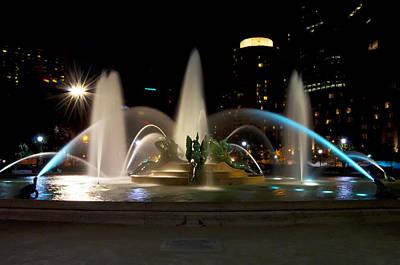 Swann Digital Art - Swann Fountain Philadelphia At Night by Bill Cannon