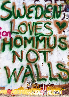 Separation Drawing - Sweden Loves Hommus by Munir Alawi