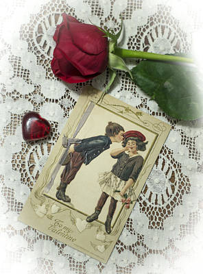 Photograph - Sweet Valentine Couple by Wayne Meyer