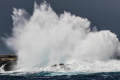 Photograph - Swell Induced Wave Crashing On The Kona by Thomas Kline
