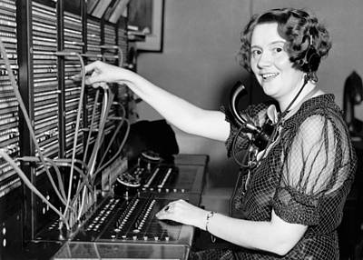 504 Photograph - Switchboard Hello Girl by Underwood Archives