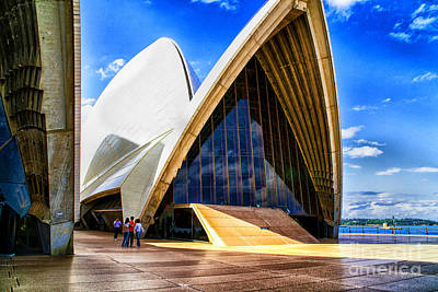 Photograph - Sydney Opera by Rick Bragan
