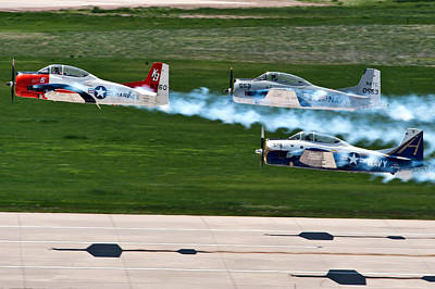 U.s. Marine Corps Photograph - T-28 Demonstration Team by Mountain Dreams