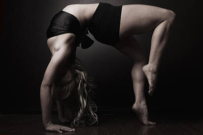 Contortion Photograph - Table Top by Monte Arnold