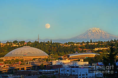Photograph - Tacoma Supermoon by Jack Moskovita