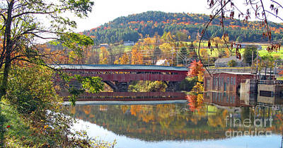 Taftsville Photograph - Taftsville Covered Bridge  0190 by Jack Schultz