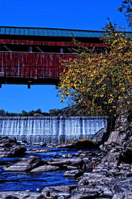 Photograph - Taftsville Covered Bridge by Mike Martin
