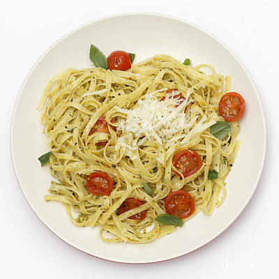 Photograph - Tagliatelle With Pesto And Tomatoes From Above by Paul Cowan