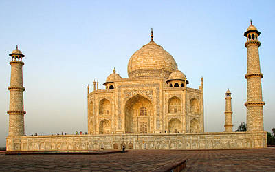 Marble Blocks Photograph - Taj Mahal Evening Light by Linda Phelps