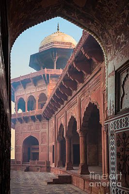 Arches Memorial Photograph - Taj Mahal Jawab by Inge Johnsson