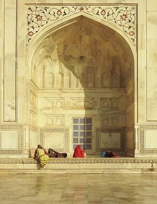 Arch Wall Art - Photograph - Taj Mahal (the Esplanade) by Roxana Labagnara