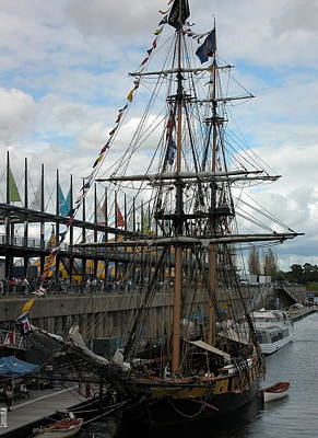 Valerie Paterson Wall Art - Photograph - Tall Ship Portrait by Valerie Paterson