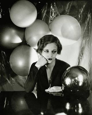 Black And White Photograph - Tallulah Bankhead Surrounded By Balloons by Cecil Beaton