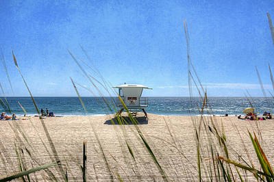 Lifeguard Tower Photograph - Tamarack Beach by Ann Patterson