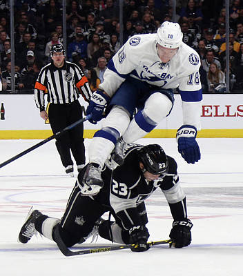 Los Angeles Kings Photograph - Tampa Bay Lightning V Los Angeles Kings by Bruce Bennett