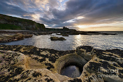 Ruins Photograph - Tantallon Castle by Rod McLean