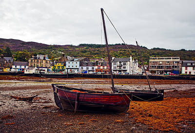 Quaint Photograph - Tarbert Harbor Low Tide by Marcia Colelli